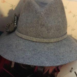 Grey fedora